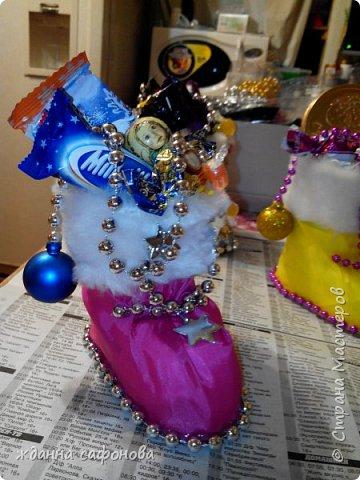 Мастер-класс Свит-дизайн Новый год Моделирование конструирование новогодние сапожки- подарки мастер класс Бусины Картон Клей Мех Пенопласт Продукты пищевые Стаканы фото 26