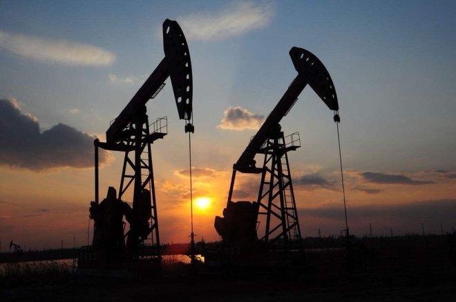 Министр Ирака сообщил, что страны ОПЕК сократят добычу нефти на 800 тысяч баррелей в сутки