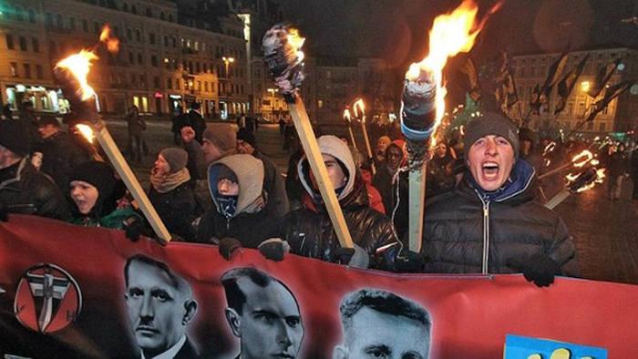 """""""Постсоветский фашизм: продл…"""