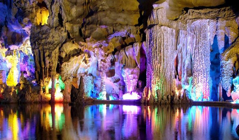 caves10 800x470 20 красивейших пещер в мире