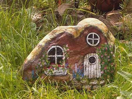 232Мельница декоративная из камней для сада