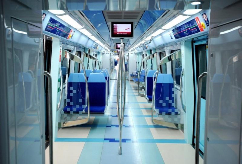 Как выглядят вагоны метро разных стран и эпох