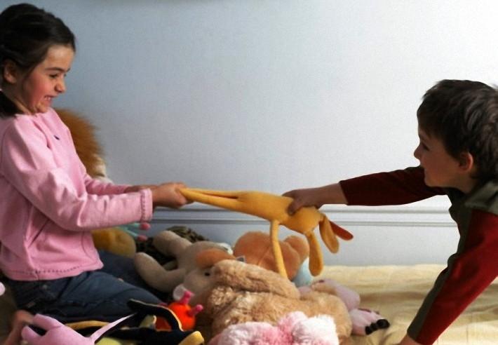 ребенок жадничает