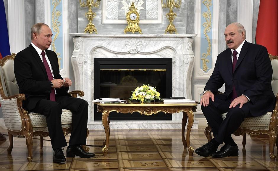 Владимир Путин встретился с Александром Лукашенко