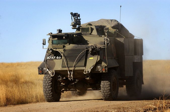 Экс-глава пехотных войск Британии: переданные Киеву машины опасны для жизни