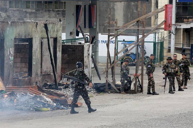 Филиппинская армия завершила операцию по зачистке Марави от игиловцев