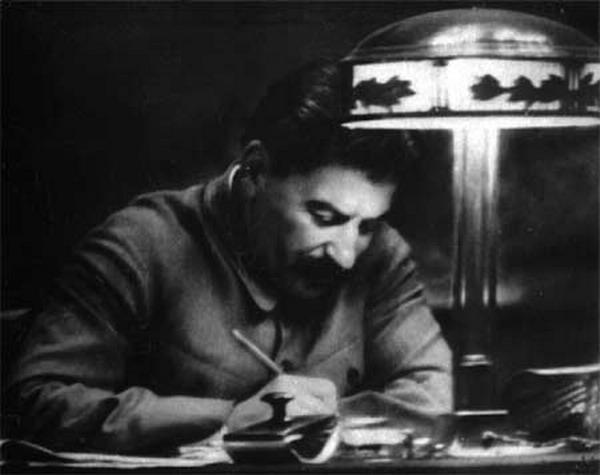 Как Сталин защитил русский язык