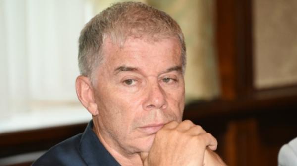 Олега Газманова с семьей зад…