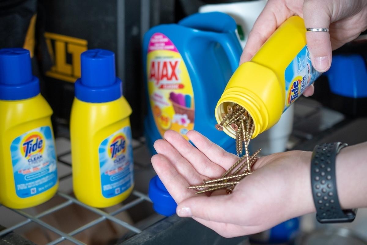 11 идей для использования пластиковых контейнеров из-под кондиционера для белья