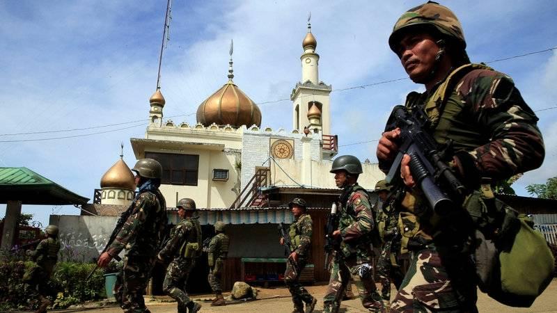 Азиатский пожар. Кто «поджег» Филиппины и Мьянму?