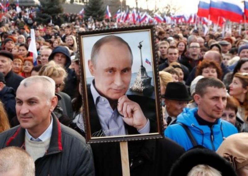 Ирина Геращенко хочет подать на Путина в суд за организацию референдума в Крыму
