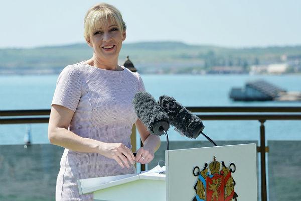 Захарова: Крымский мост помешает США перебросить флот к берегам Белоруссии