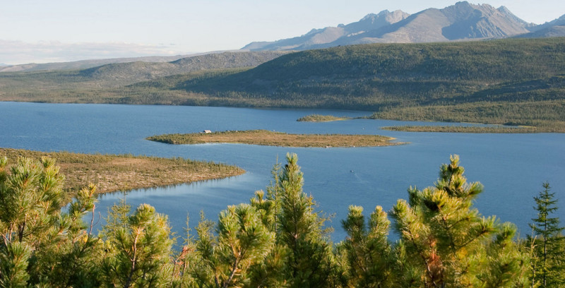 9. Озеро Джека Лондона, Магаданская область 20 красивых мест в россии, 20 красивых мест россии, Красивые места России, красивые места, самые красивые места в россии, самые красивые места россии