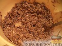 """Фото приготовления рецепта: Пирожное """"Картошка"""" на скорую руку - шаг №6"""