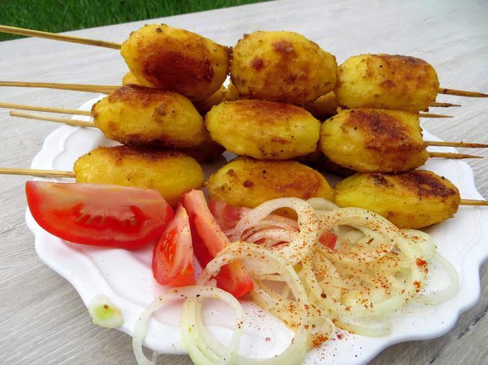 Картофельный шашлык Запеченный картофель, В духовке, Рецепт, Другая кухня, Приготовление, Вкусно, Видео рецепт, Видео, Длиннопост