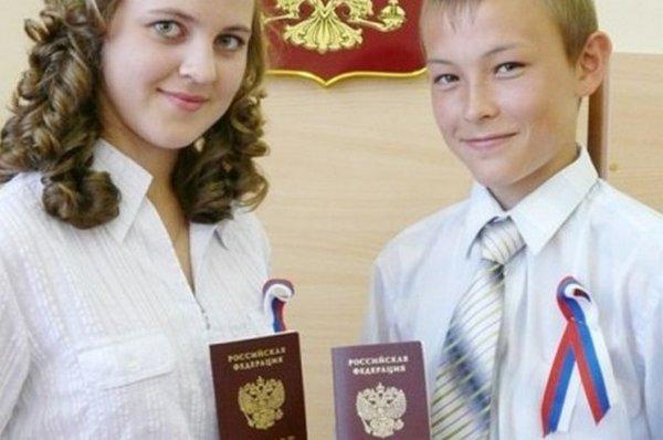 В Россию могут вернуться миллионы русских из Прибалтики