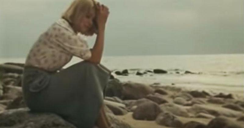 «Долгая дорога в дюнах» — незабываемая мелодия молодости от Раймонда Паулса