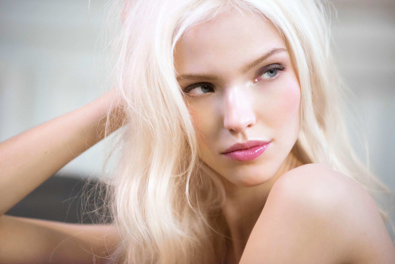 Как модель из Магадана Саша Лусс стала звездой фильмов Люка Бессона