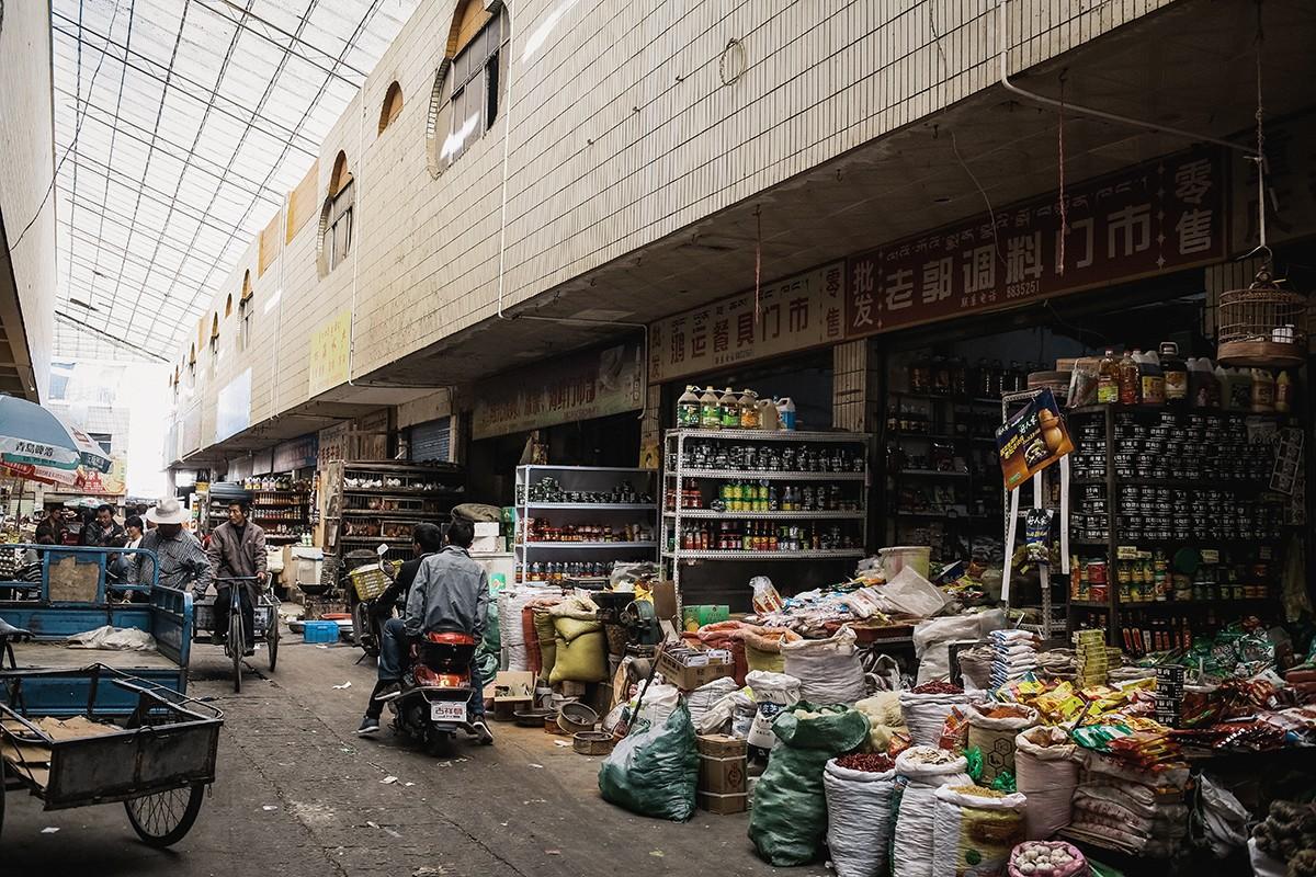 shigadze36 В поисках волшебства: Шигадзе, резиденция Панчен ламы и китайский рынок