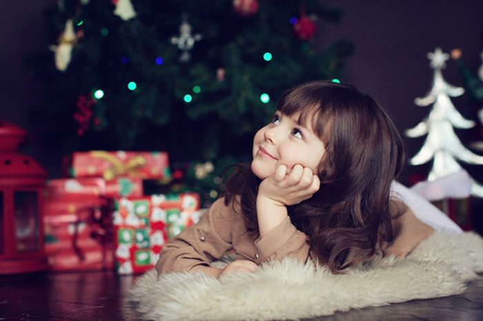 Смешные малышовые рассуждения о Деде Морозе, Снегурочке и конфетах