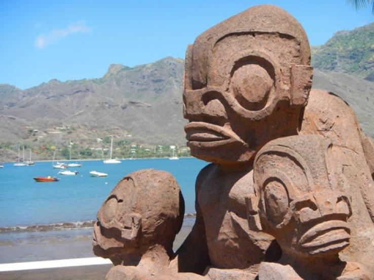 Нечеловеческие изваяния острова Нуку-Хива упорно хранят свои тайны