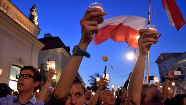 Декоммунизация в Польше вызывала жаркие споры
