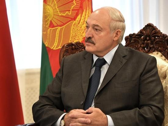 """Лукашенко пообещал совместный с Россией ответ на военный """"форт Трампа"""""""