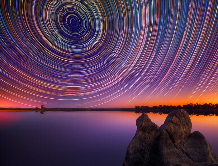 Треки звёзд в небе