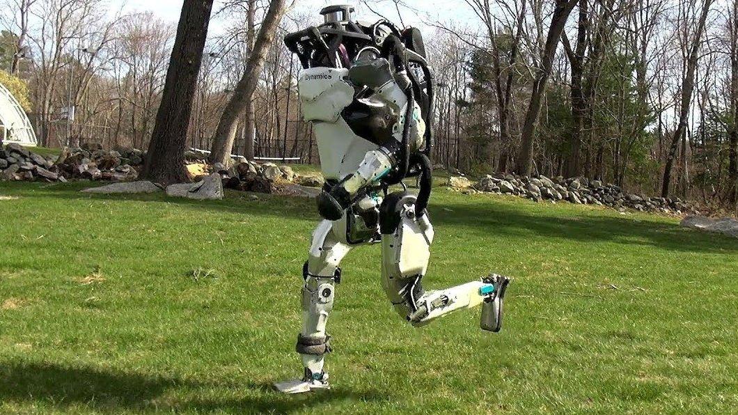 Автономные собаки и бегающие роботы