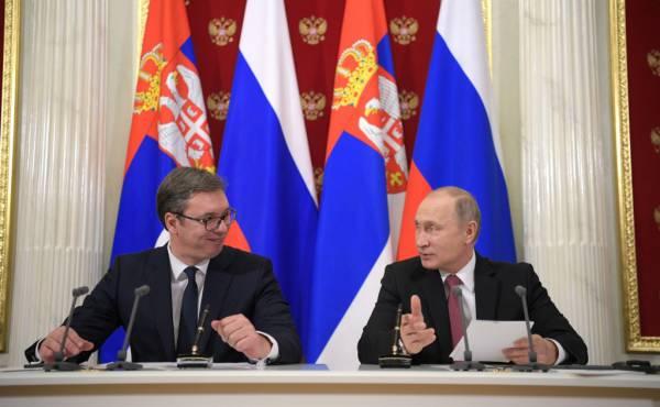 Авторитет российского лидера поможет сербам удержать хрупкий мир на Балканах