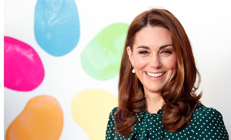 Ничто человеческое: Кейт Миддлтон приехала в Букингемский дворец за рулем автомобиля