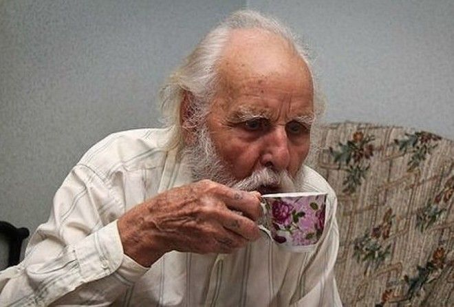 Вот, что надо пить, чтобы не стареть!