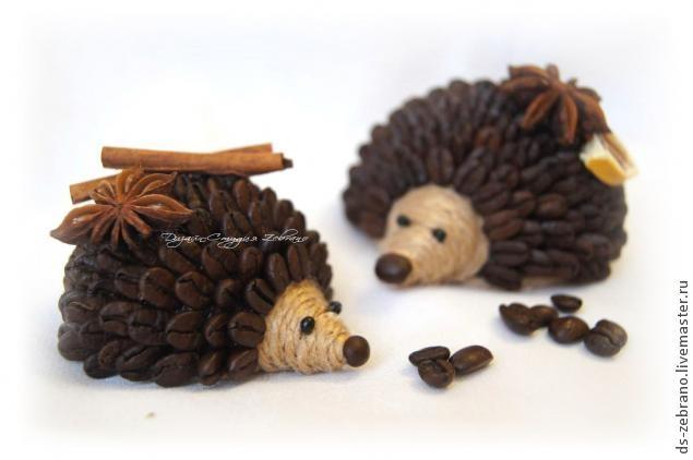 Ёжик из кофейных зерен своими руками
