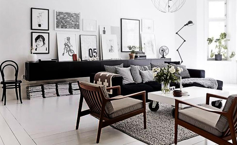 Между диваном и стеной: 8 решений проблемы