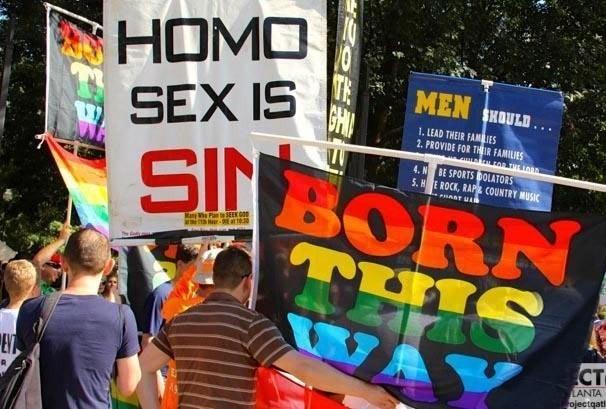 ЛГБТ-пропаганда: гомосеком у…