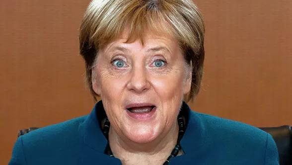 В бой идет одна фрау. Меркель потрясла порохом в пороховницах