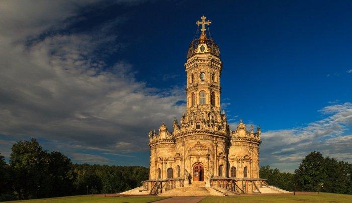 И по сей день храм называют подмосковной жемчужиной. /Фото:fotokto.ru