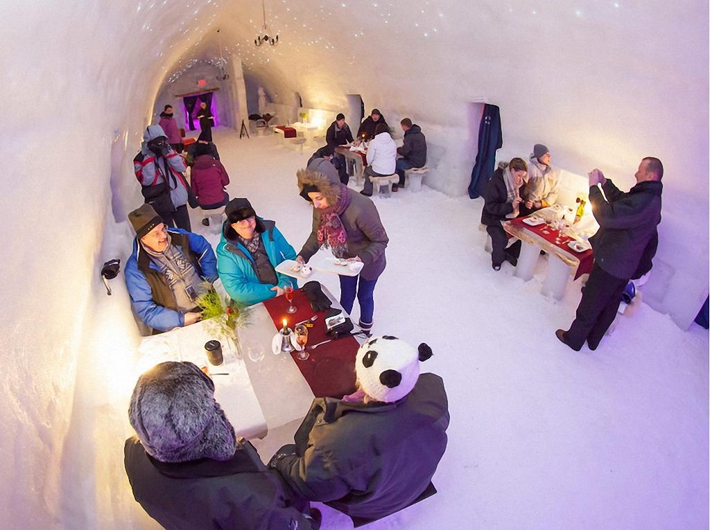 8 самых удивительных ледовых отелей мира-13