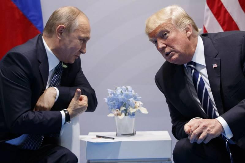 Белый дом отказался разглашать информацию о переговорах Трампа с Путиным