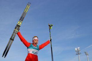 Норвежская лыжница победила в гонке на 10 км свободным стилем на ОИ