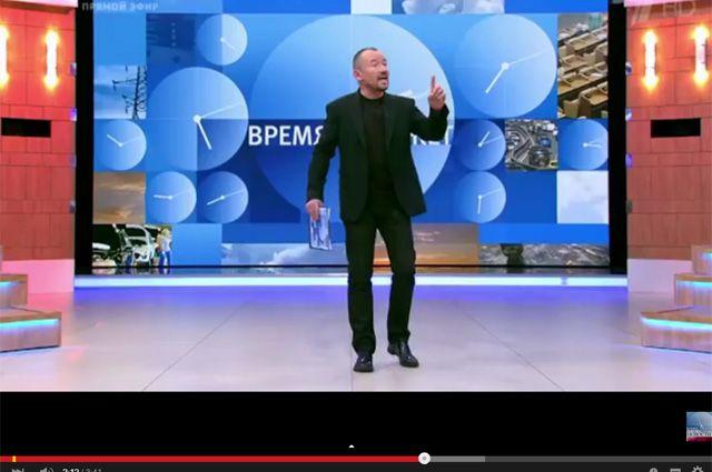 Телеведущего Шейнина накажут за мат в прямом эфире
