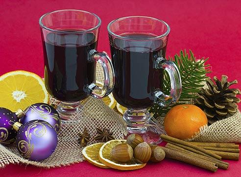 Зимние горячие алкогольные напитки, глинтвейн