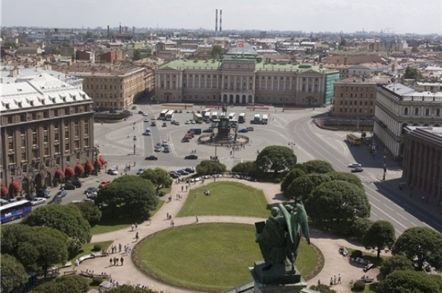 Из резиденции в ЗакС. 175 лет назад в Петербурге заложили Мариинский дворец