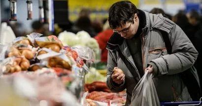 Без еды и одежды: как приходится выживать украинцам