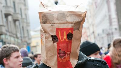 СМИ: правительство причастно к проверкам McDonald's в России