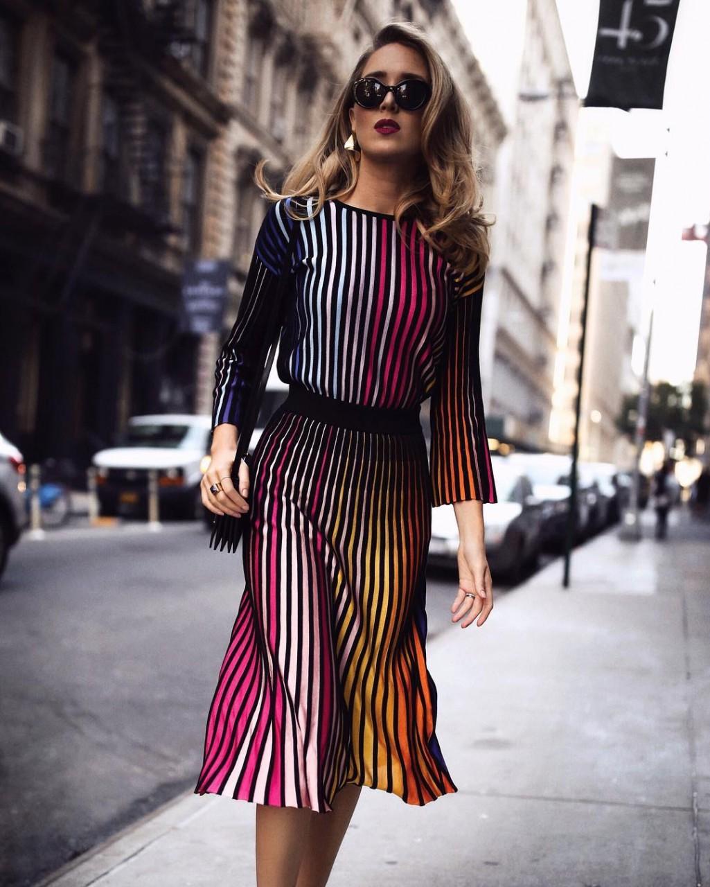 Платья для девушек: стильные новинки сезона 2017