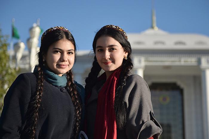 Власти Туркмении запретили покидать страну всем гражданам, не достигшим 40 лет