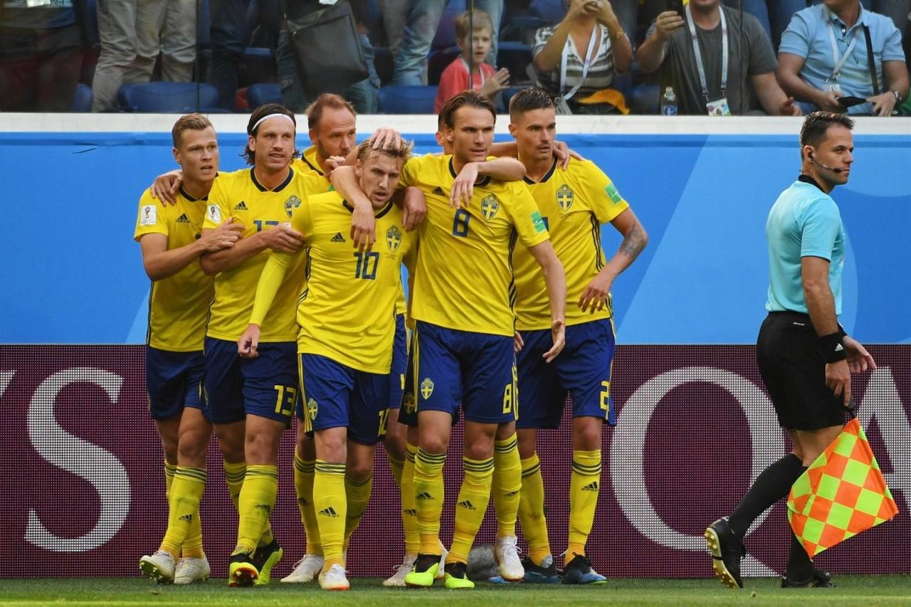 Гнулись, но не сломались! Шведы впервые за 24 года вышли в 1/4 финала ЧМ-2018, победив Швейцарию