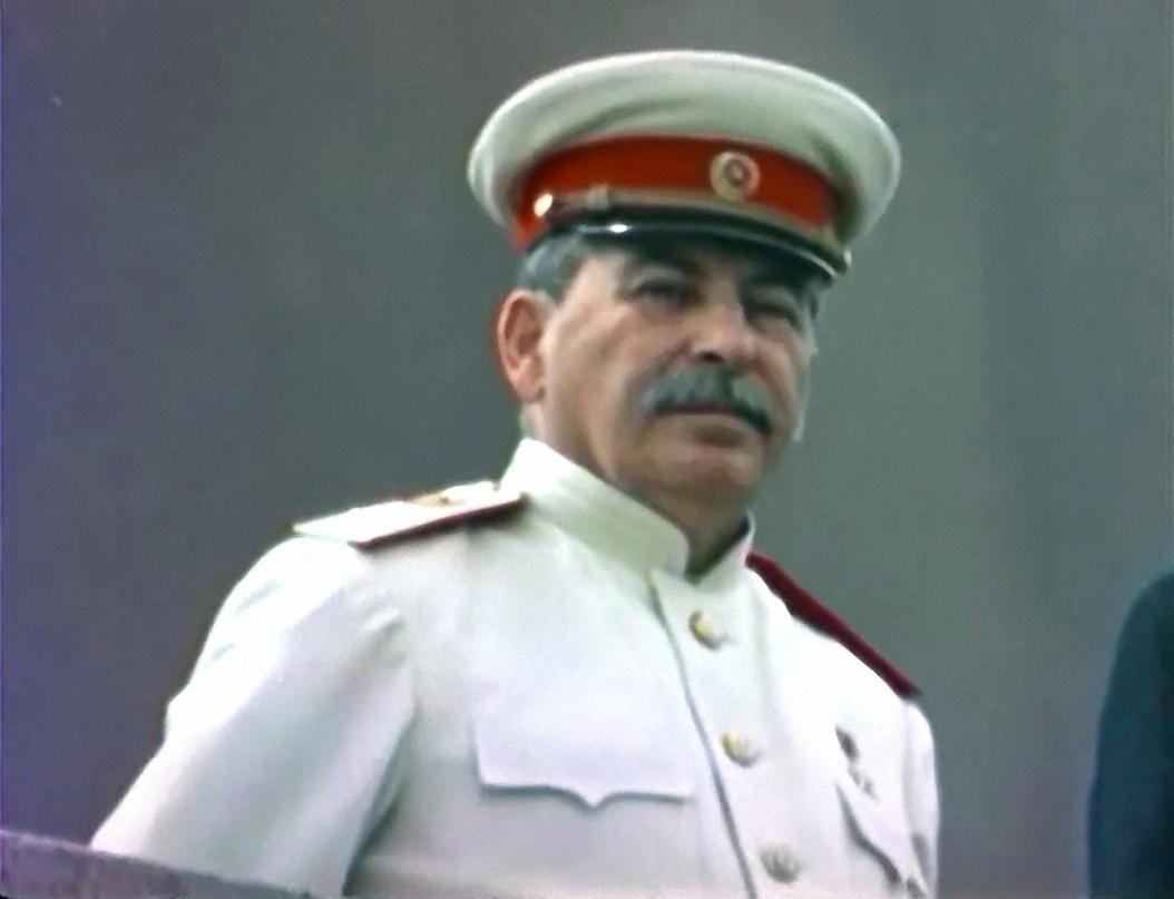 Сталин. Как вы оцениваете его роль в истории России?