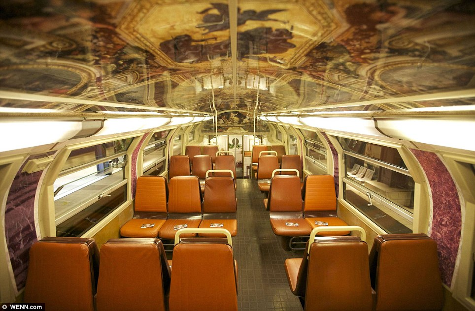 Paris commuter train 7 Версаль в электричке